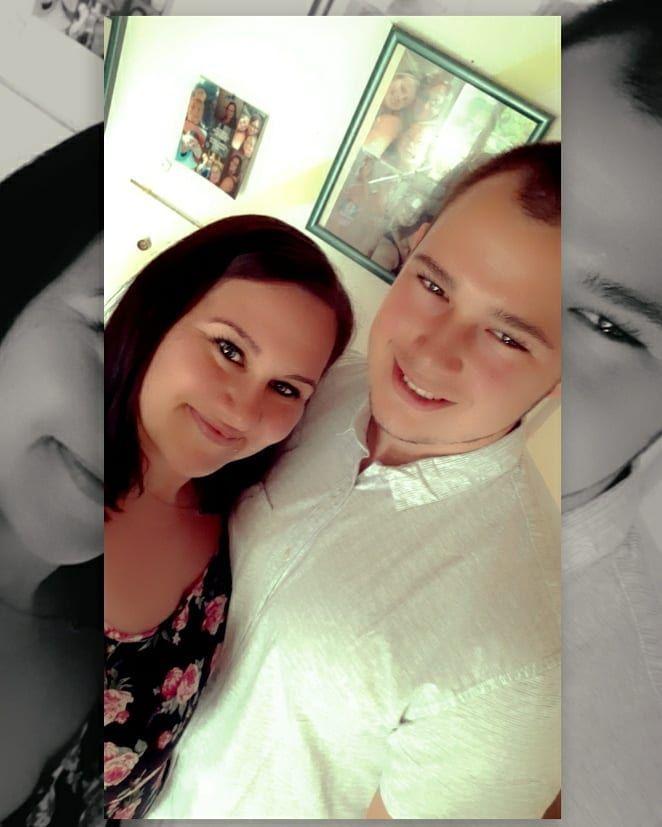 Gestern fein Essen gegangen zur Feier unseres 4.Jahrestages 😊😊😊   #liebe #love #jahrestag #paar #selfie #snapchat #snapchatfilter #iloveyou #meineliebe #ausgehen #partner #partnerbild #mylove #essengehen #schickgemacht #partnerpic #meinewenigkeitundmeinpartner #meinfreund #meinpartner #meinewenigkeit #sindysbackstübchen #4jahre #yearsday #4years #inlovewithyou #inlove