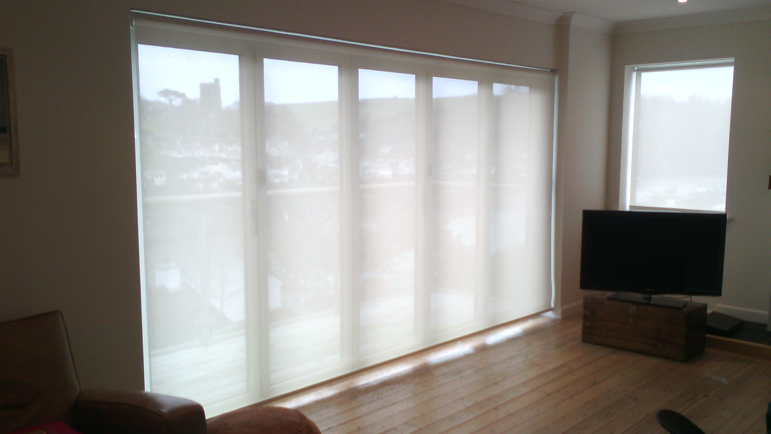 A Luxaflex Xl Roller Blind (36M Wide X 2M Drop