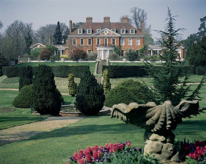 Hunting Park Is A Wedding Venue In Watford Hertfordshire