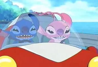 Another screencap of episode 6 from the Stitch! anime. Stitch an Angel enjoying a drive together around the island. <3