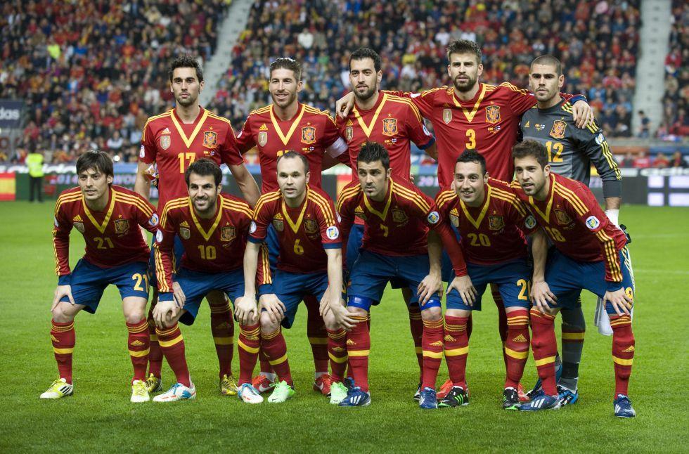 The Spanish Football Team Team Photos Soccer Team Photos National Football Teams