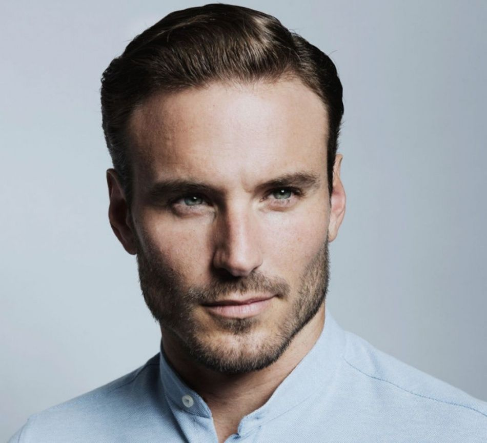 32 Hairstyles For Men With Thin Hair And Big Forehead Beehost Thin Hair Men Hairstyles For Thin Hair Long Hair Styles Men