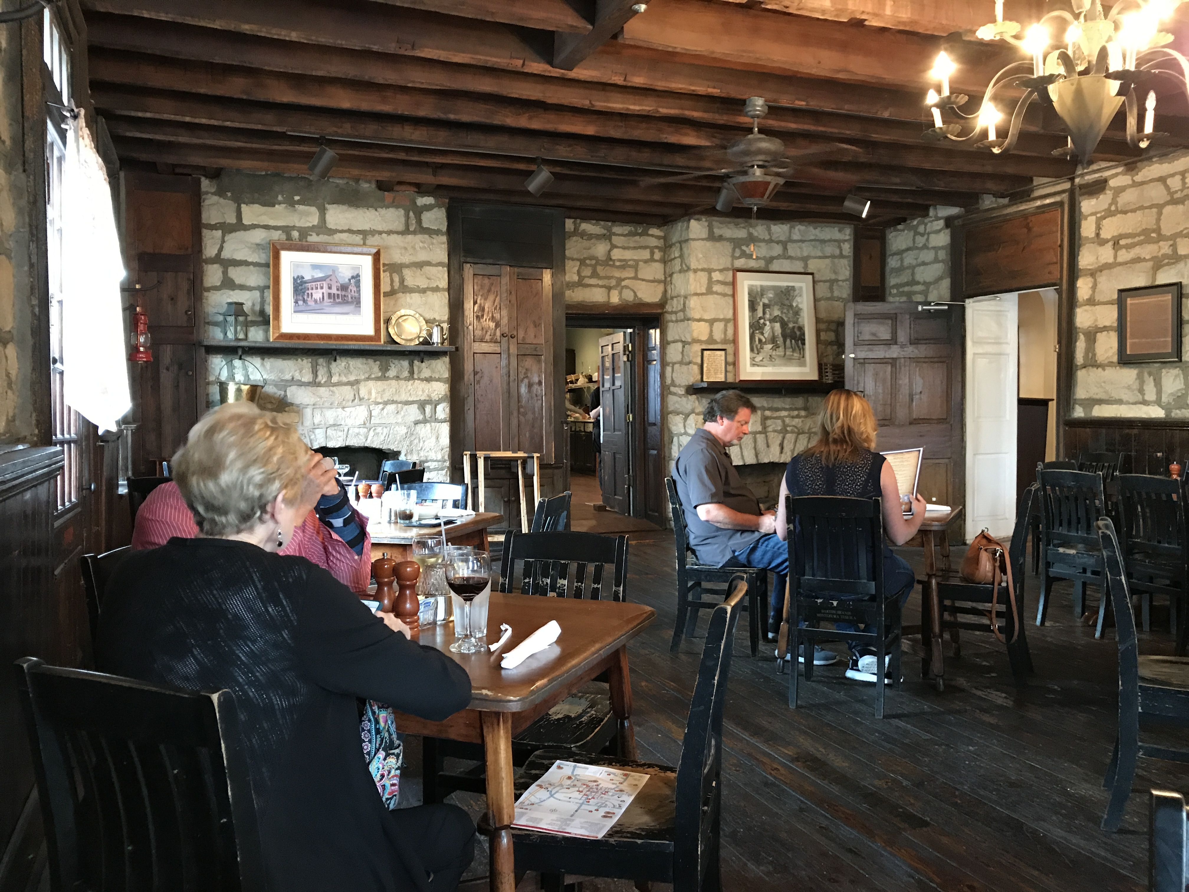 Old Talbott Tavern Bardstown Ky This Is A Charming Restaurant