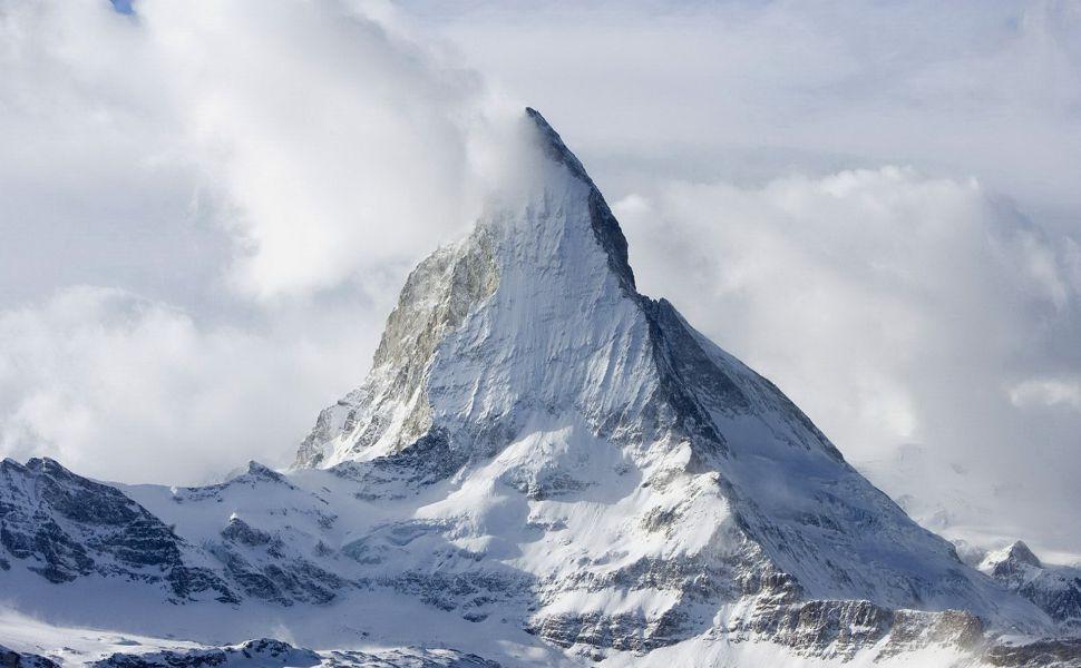 K2 Mountain HD Wallpaper
