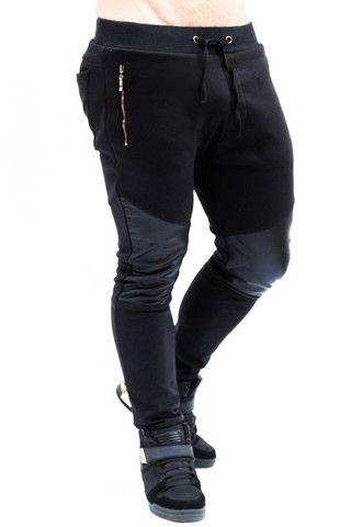 1eecd53b7c897 Jogger negro con cuerina by IAN – urbanwear.co Jogging Hombre