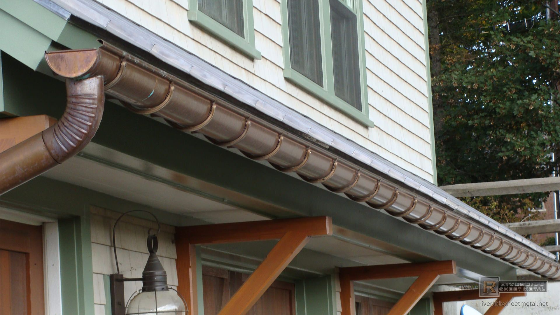 Pin By Stlouis Guttercleaning On Gutter Cleaning Gutters Copper Gutters Downspout Drainage