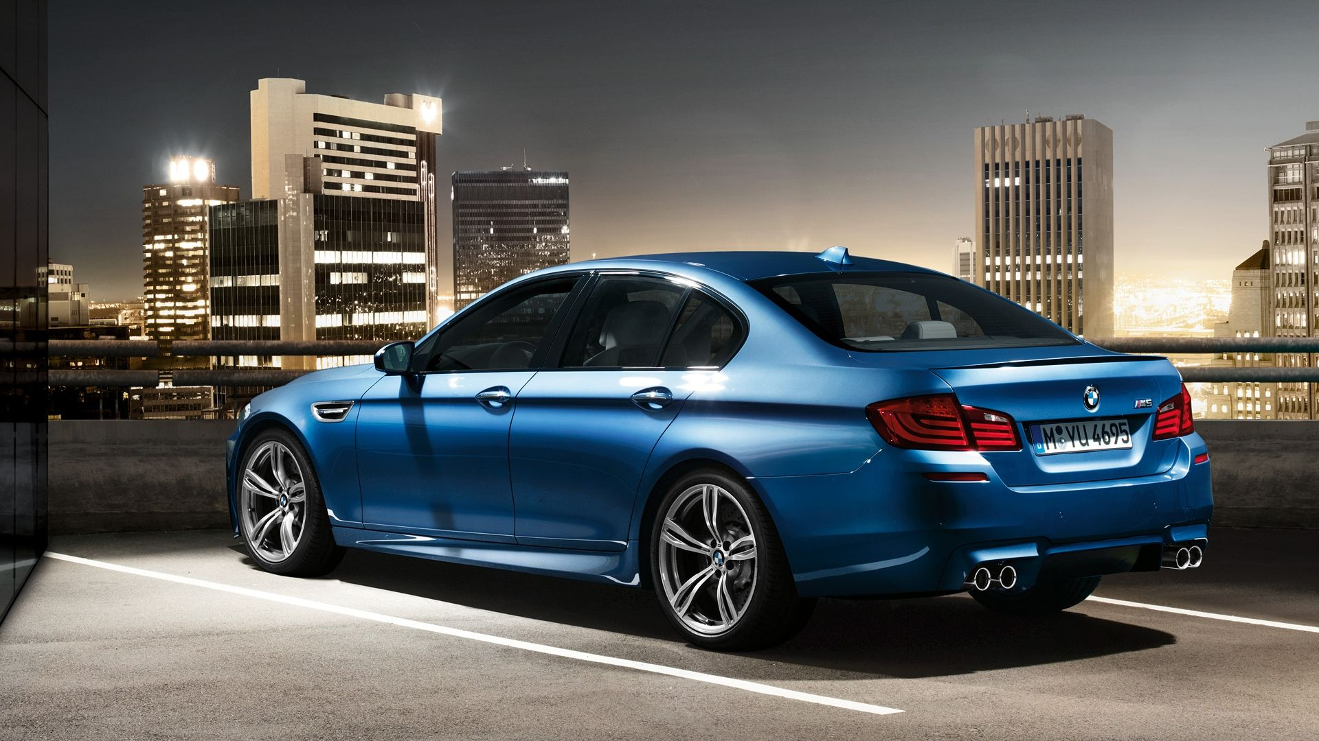 Bmw M5 F10 Salon