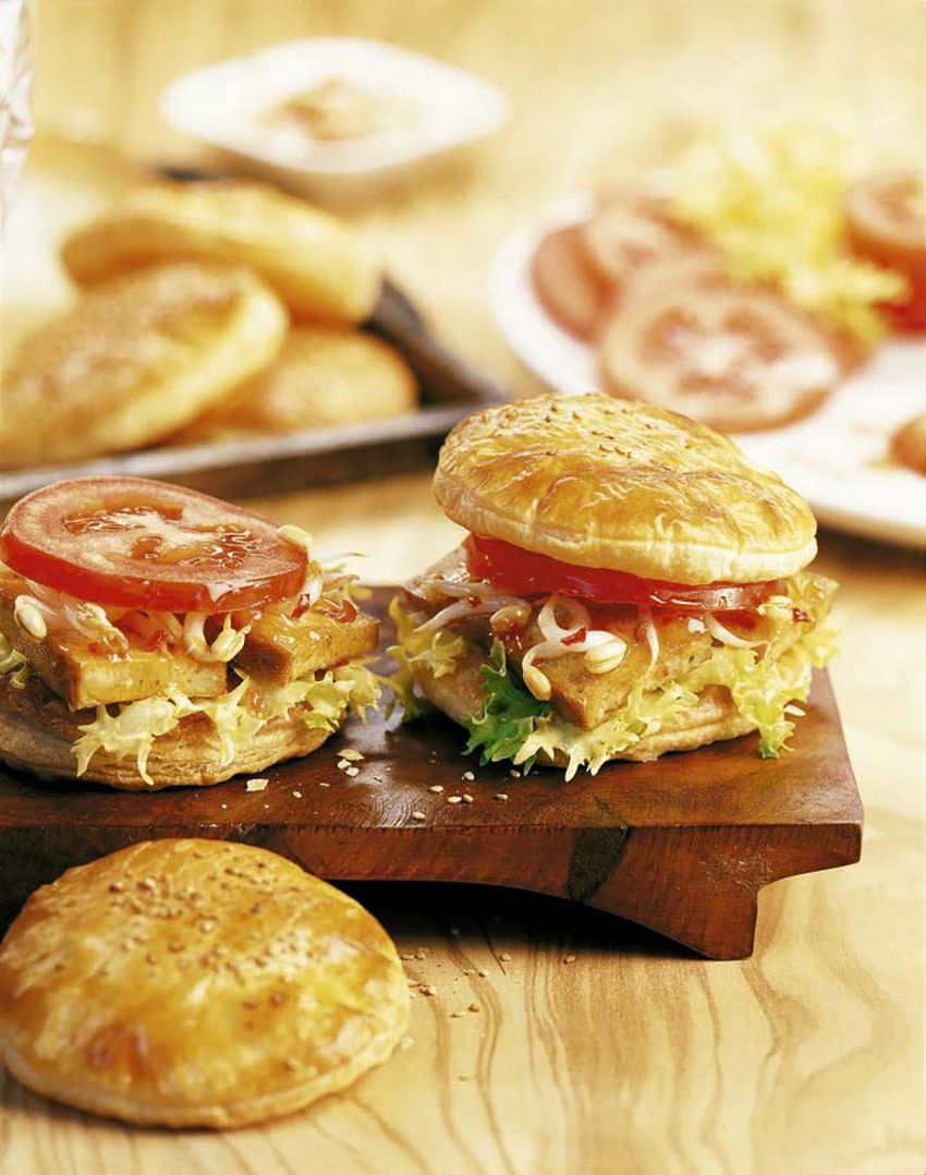 rezepte von vegane rezepte so einfach gut pinterest bl tterteig burger und tofu. Black Bedroom Furniture Sets. Home Design Ideas