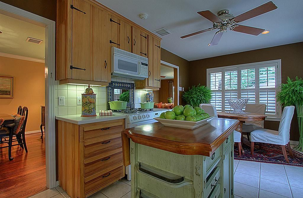 Knotty Pine Kitchen Cabinets Craigslist Amazing Look For ...