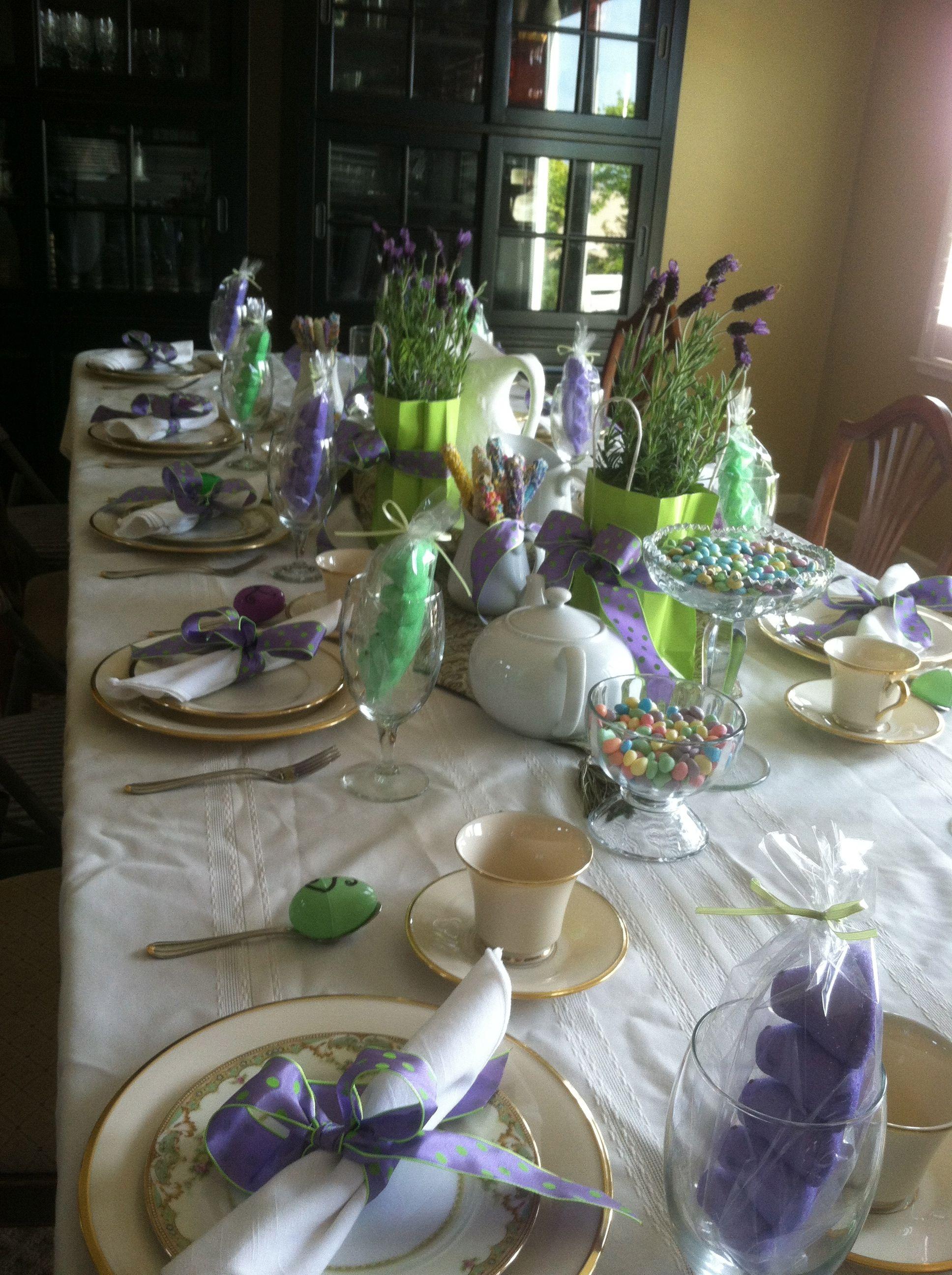 Easter table decor tablescape Pinterest