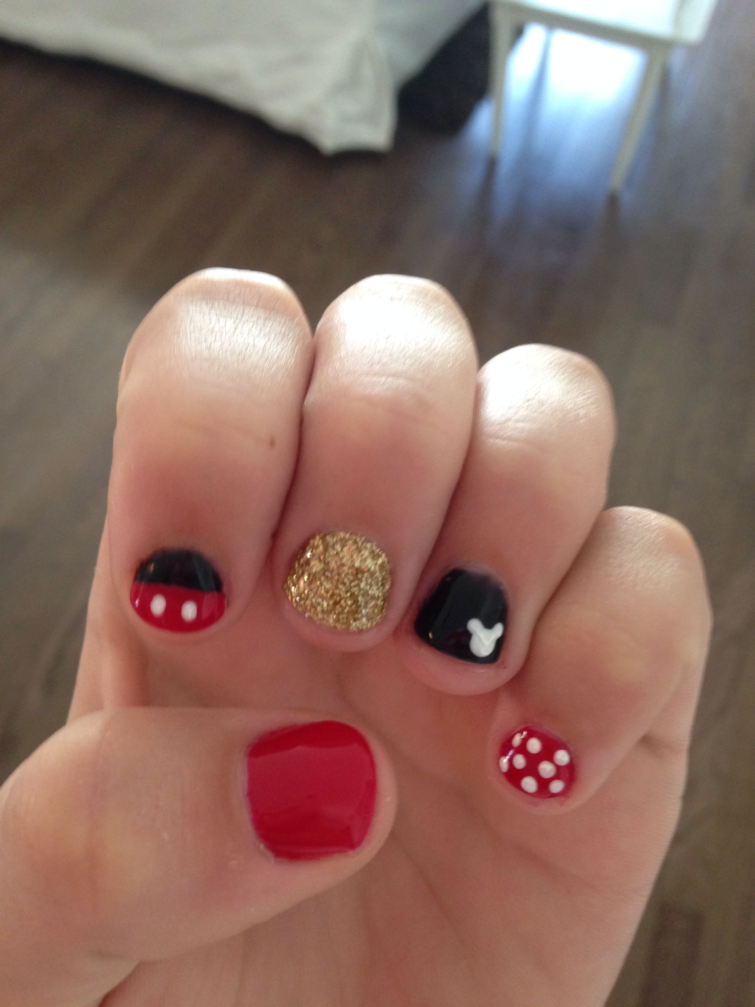 Super cute. Gel Mickey Mouse nails. | Nails | Pinterest | Mickey ...