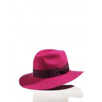 Fuscia Akubra hat, hot hot!