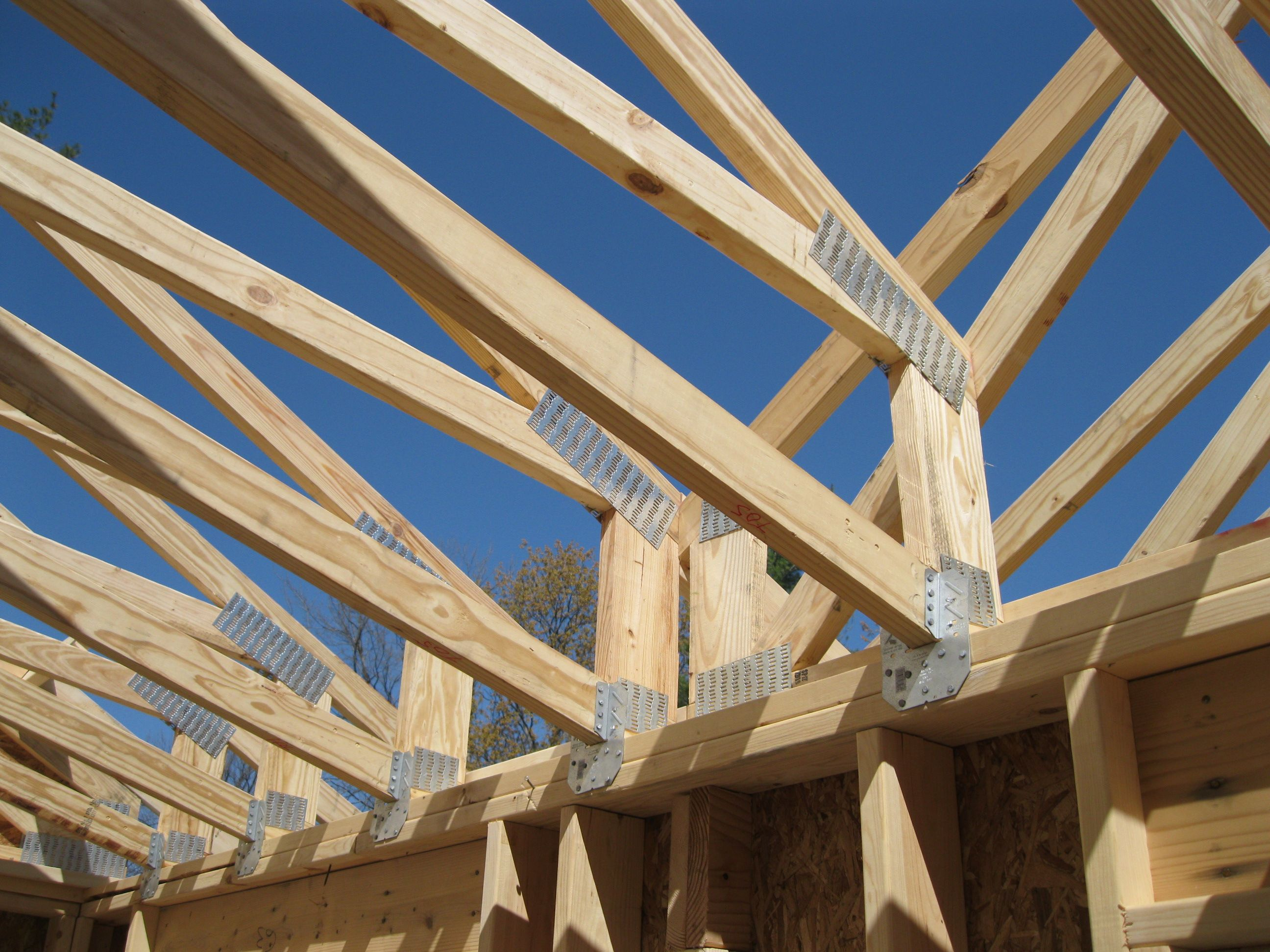 Insulating scissor truss google search house stuff for Buy trusses