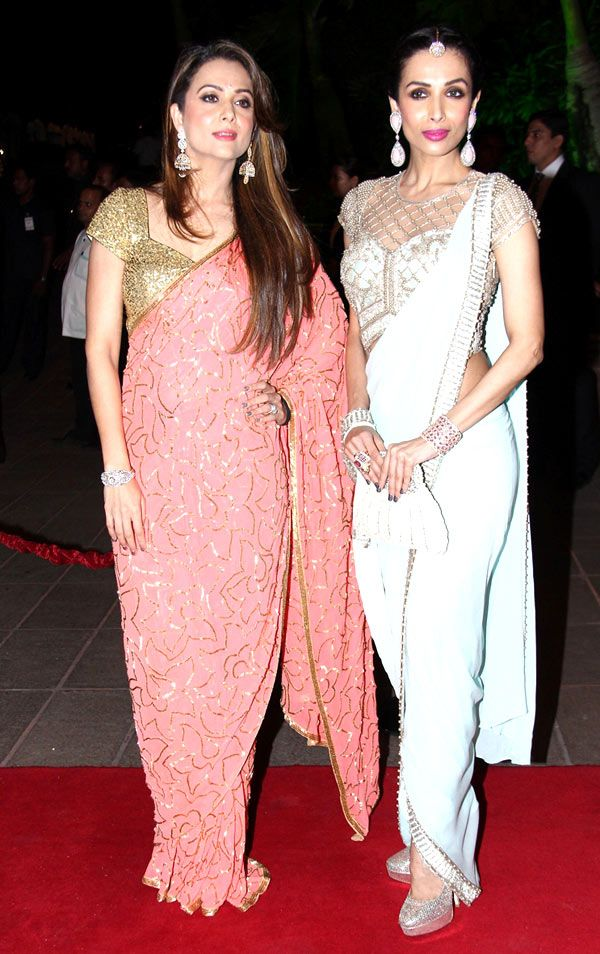 e03e43730de76 Amrita Arora Ladak and Malaika Arora Khan at Arpita Khan s wedding  reception in Mumbai.  Bollywood  Fashion  Style  Beauty