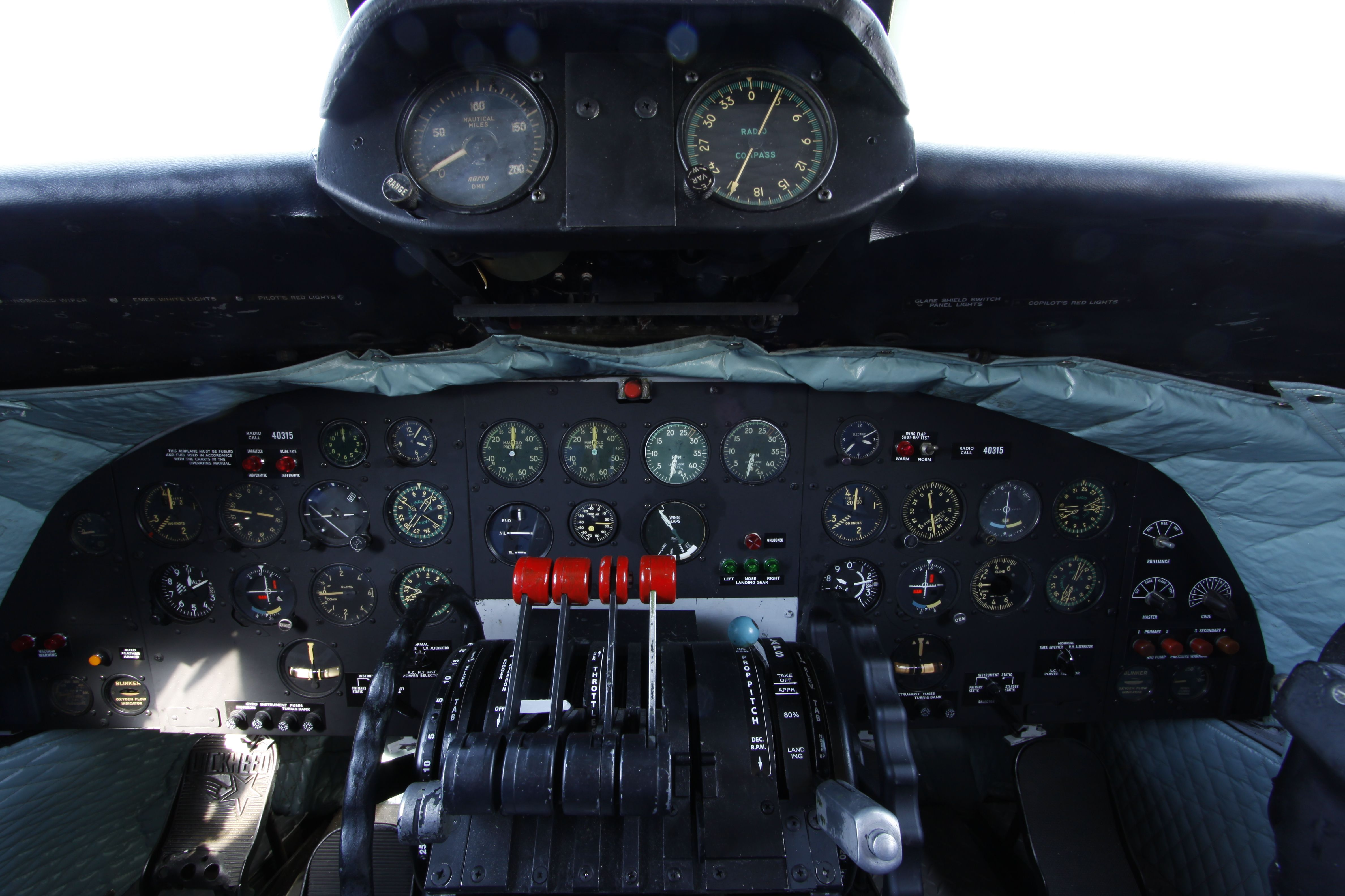 Lockheed C 121 Super Constellation Cockpit Flight Deck