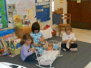 classroom play (Three's)