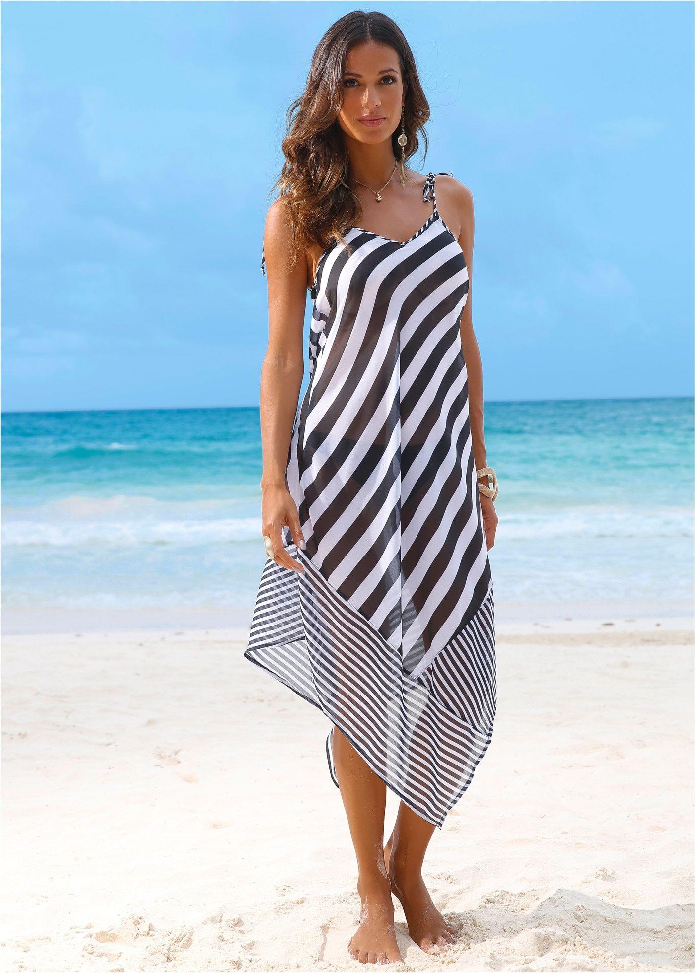 Robe de plage noir et blanc