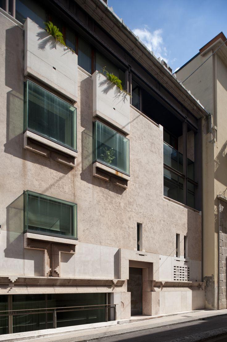 Banca Popolare di Verona, Verona, Italia - Carlo Scarpa e ...