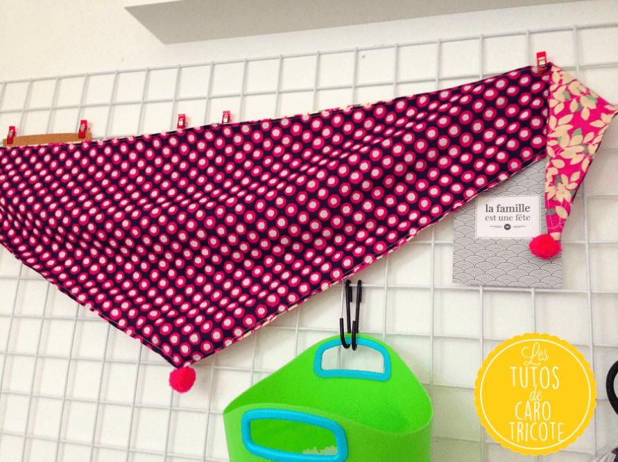 Tuto couture : un chèche / foulard pompons pour petites filles – Le blog de Caro Tricote #chechetutocouture
