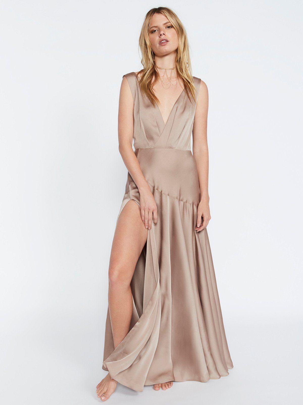 Essie Maxi Dress In 2021 Maxi Dress Champagne Maxi Dress Womens Boho Dresses [ 1602 x 1200 Pixel ]
