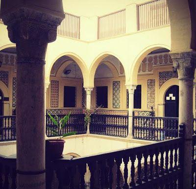 الميراث حديث في الثقافة والتراث House Styles House Mansions