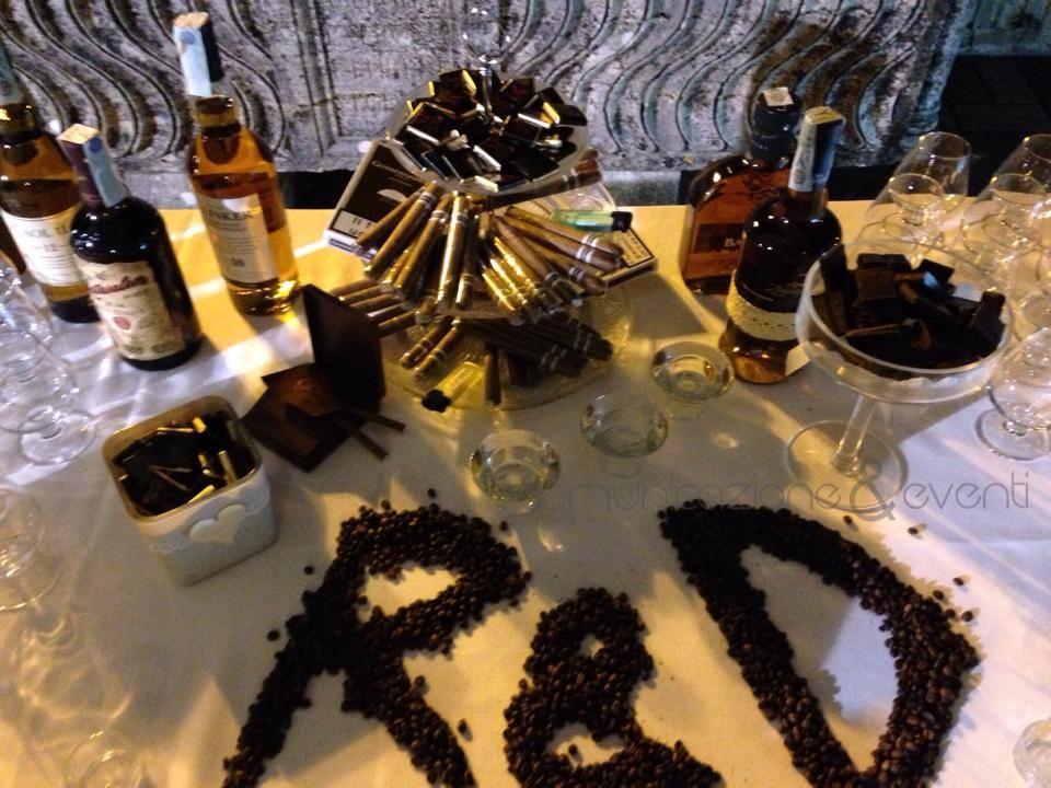 Stanza Dei Sigari History : Rum e sigari con chicchi di caffè rum e sigari pinterest rum