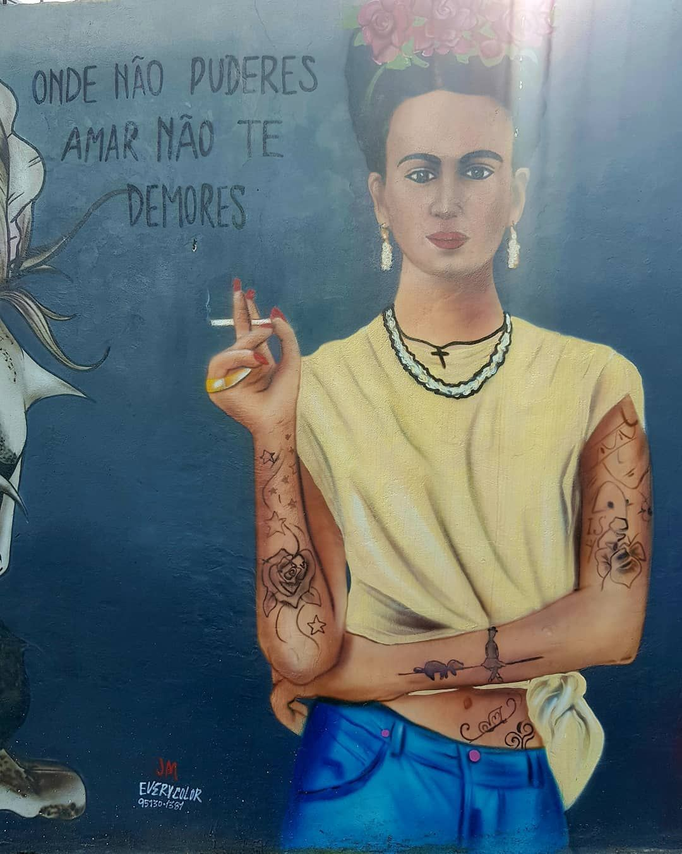 👊👌🌹 #everycolormarcos #vida #amor #amorproprio #frida #vilamadalena #art #arte #artederua #streetart #muralart #wallart #urbanart #artist #artistsoninstagram #instaartist #brazilianart #graffiti #graffitiart #graffitiartist #painting #spraypaint #sprayart #instaart #instagraffiti  #artlovers #graffitilovers #instalovers #pritamae_porai