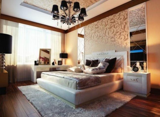 wandgestaltung florale motive schlafzimmer hohe decke spiegel ...