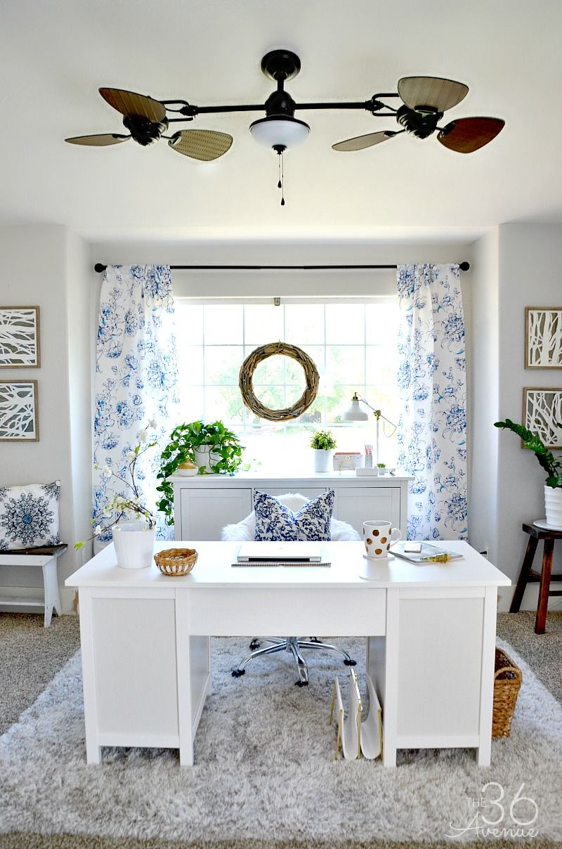 Wow! I need to get organizing! These organized offices are so ...
