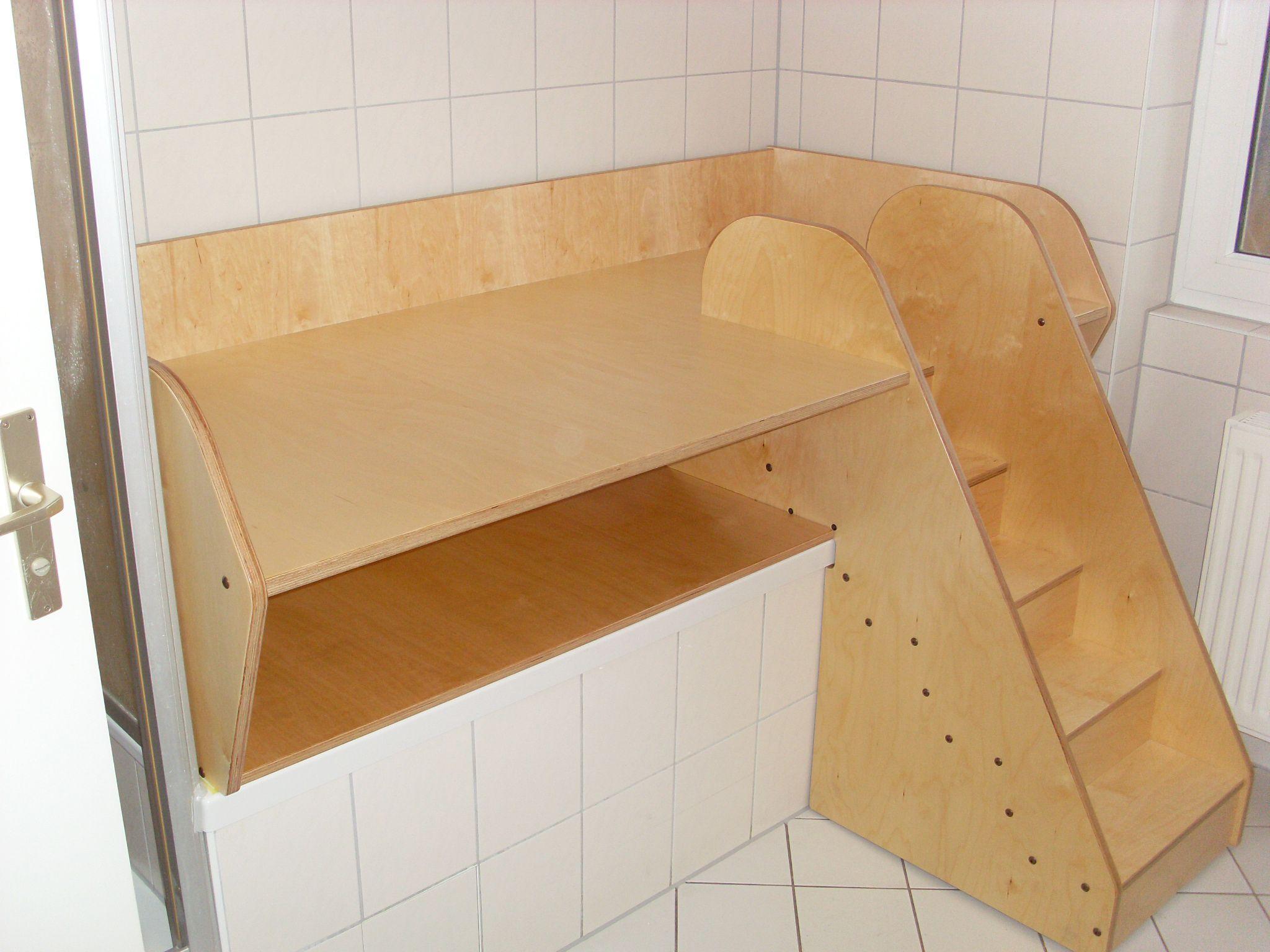 Wickeltisch Wickelkommode Fur Badewanne Einrichtung Wickelkommode Wickeltisch
