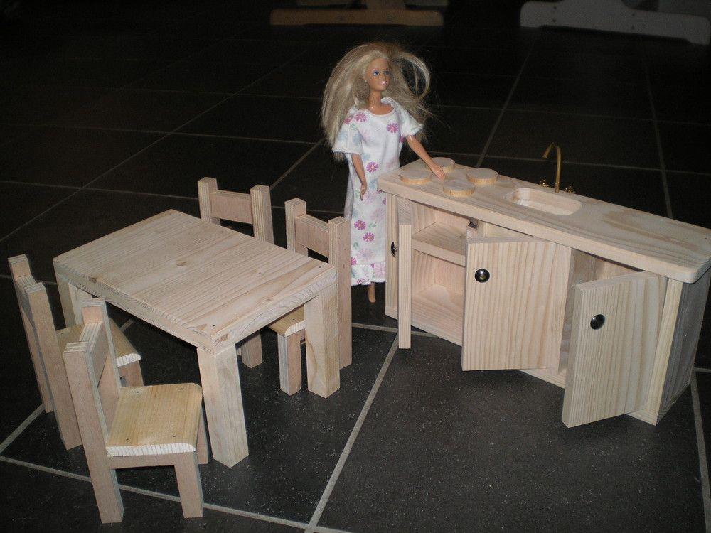 Plans Et Explications Pour Fabrication De Maisons De Poupees Barbie Photos Barbie Maison Barbie Maison De Poupee Barbie