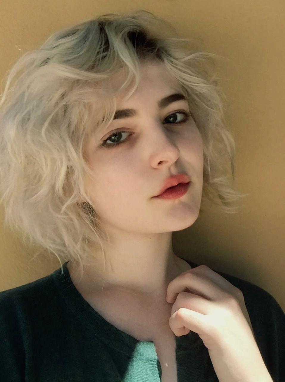 Log In Short Hair Styles Hairstyle Tumblr Hair
