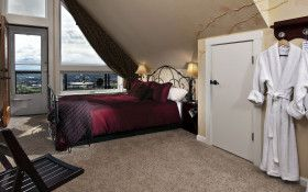 Newberg's Chehalem Ridge Bed & Breakfast is a frill-free, Northwest-style alpine cottage with the most staggering views of wine country in the West. Period. From $130, including breakfast.