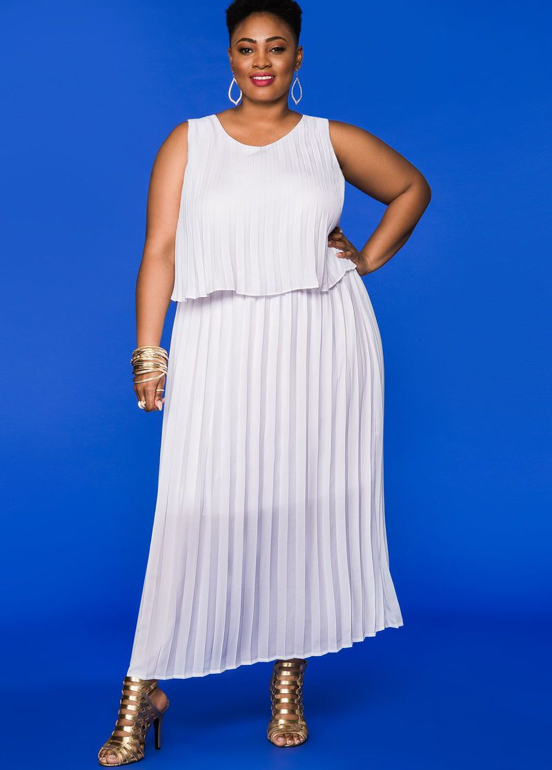 7 Pretty Plus Size Dresses For Spring Tiered Maxi Dress Plus Size Dresses Maxi Dress [ 1115 x 800 Pixel ]
