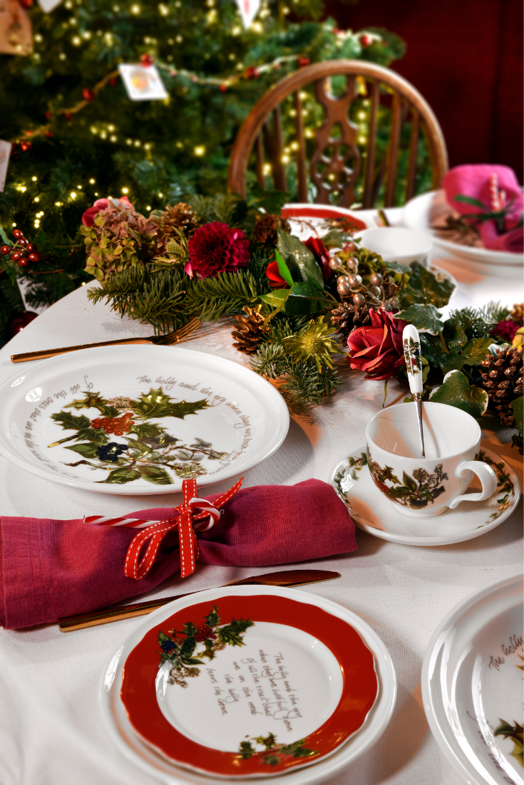 Create A Traditional Christmas Dining Table With The Stunning Holly And Ivy Tableware From Por Christmas Dining Setting Christmas Dining Table Christmas Dining