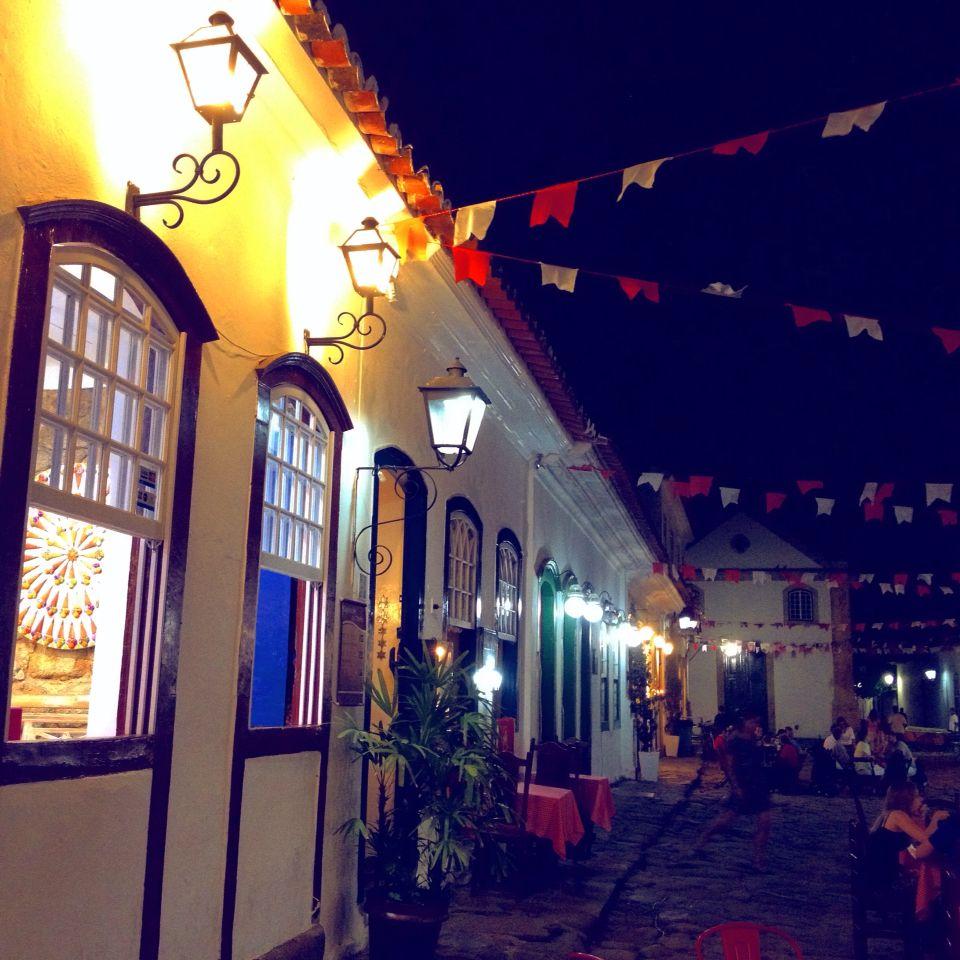 Noite em Paraty.