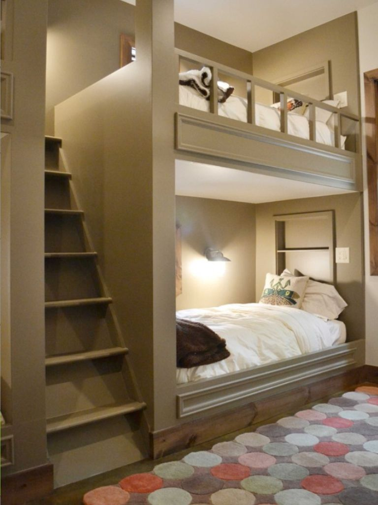 1000 Ideas About Enclosed Bed On Pinterest: Bed Enclosed In Wall Ideas