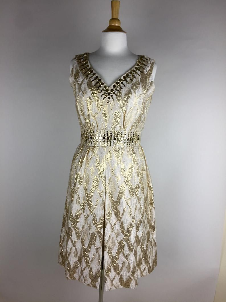 1960s Gold And Ivory Brocade Cocktail Dress Etsy Dresses Vintage Outfits Fashion [ 1059 x 794 Pixel ]