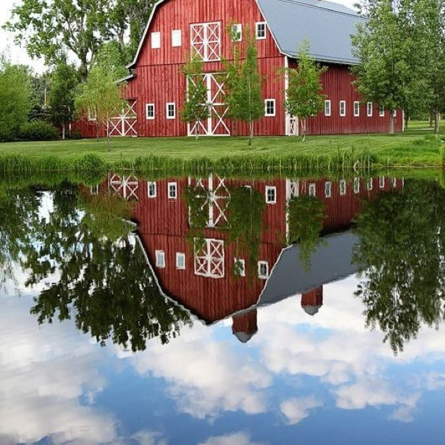 Got to love red barns