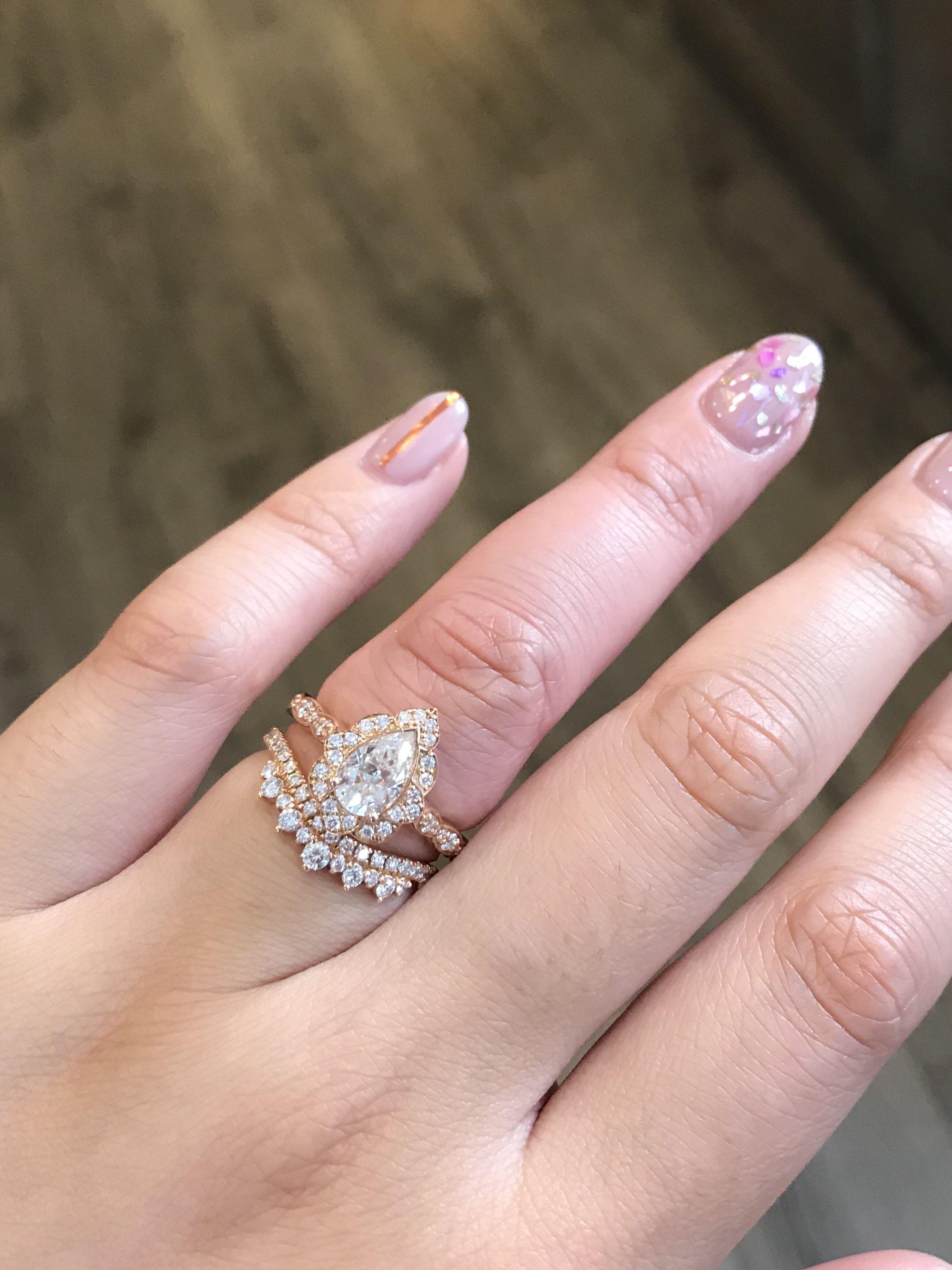 Vintage Floral Pear Moissanite Diamond Ring In Rose Gold Bridal Set Vintage Floral Engagement Rings Pear Engagement Ring Diamond Wedding Bands
