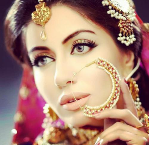 Model Sadia Faisal Pakistani Fashion Blog Bridal Nose Ring Nose Ring Bridal Jewellery Indian
