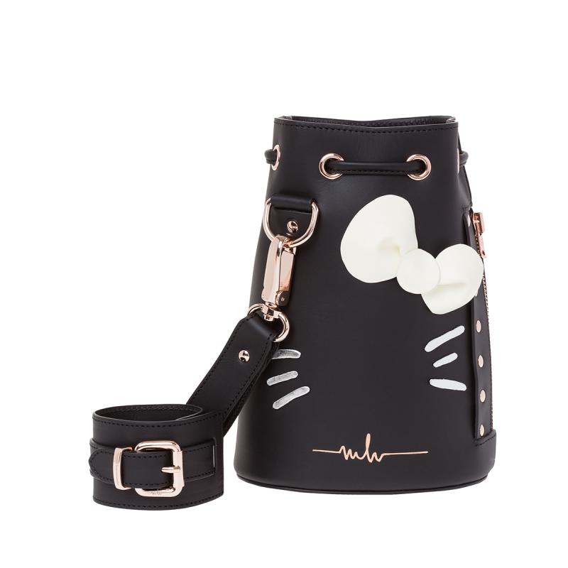 e758e5346d31 Marina Hoermanseder KASPER HELLO KITTY BLACK Hello Kitty Bow