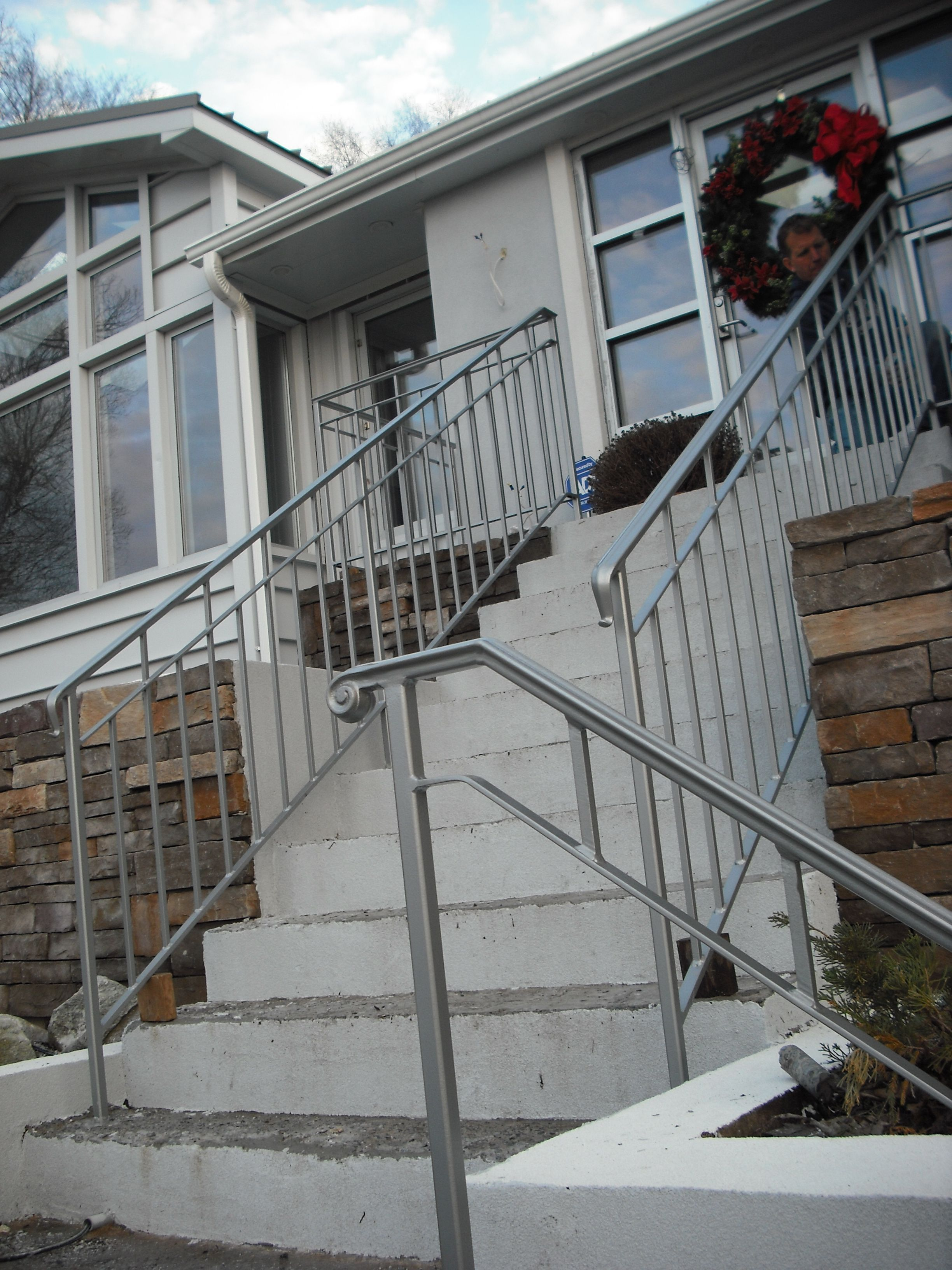 Best Custom Made Silver Handrail Handrail Porch Railing Stair Handrail 400 x 300