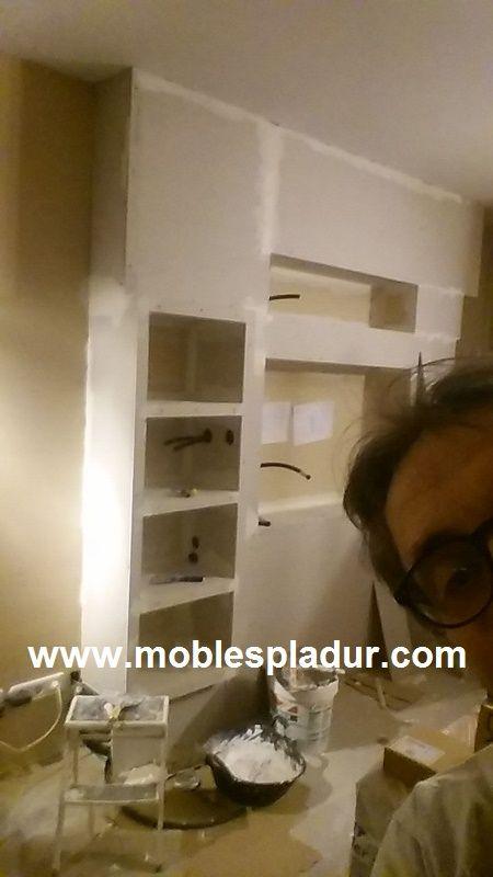 Mueble de pladur para instalar tv con todos sus accesorios - Instalar chimenea en casa ...