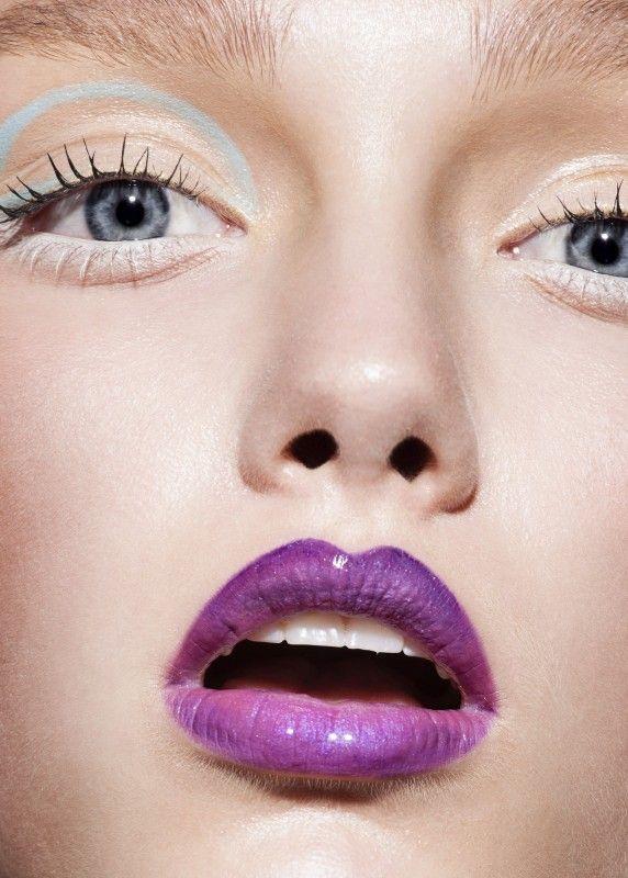 Hair & Makeup: Esther van Maanen @ Angelique Hoorn Management Job: Allure Photo: Martin Sweers