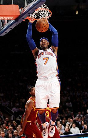 carmelo anthony dunking displaying 19 gallery images