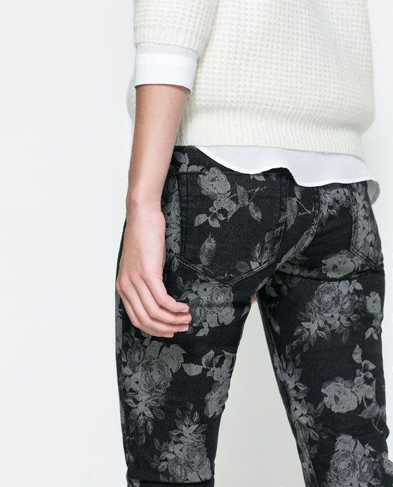 Image 3 of FLORAL PRINT TROUSERS from Zara