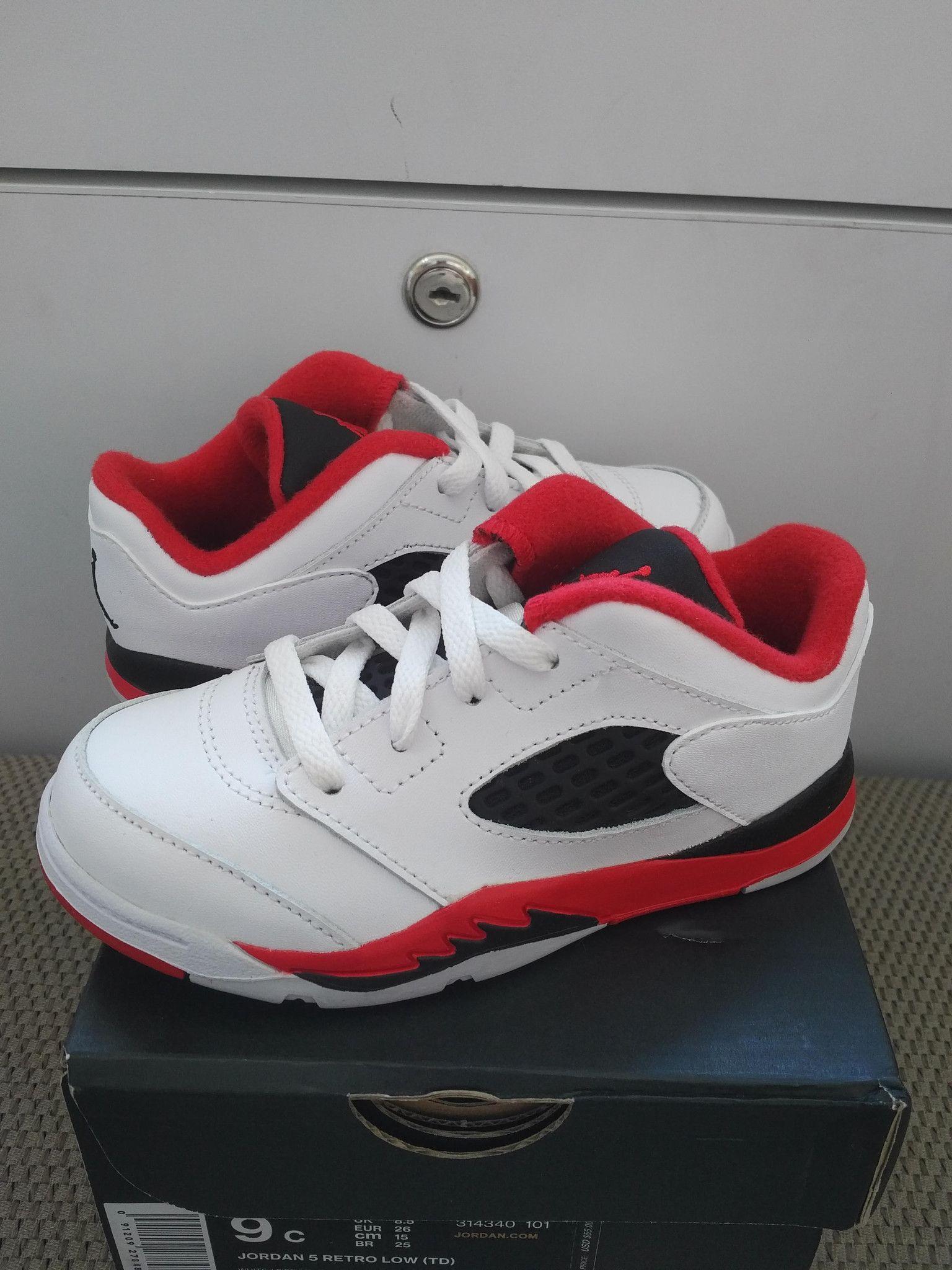 Air Jordan 5 Retro low (TD) Toddler TD Baby White Fire Red Black 314340-101 c4a7c98cd