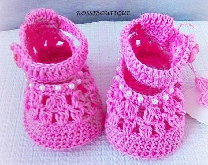 Zapatos de bebé del ganchillo, cargadores de bebé ganchillo, zapatos de bebé rosa, Baby shower, zapatos de bebé de recién nacido, zapatos de las muchachas de bebé de color rosa, zapatos de bebé de punto