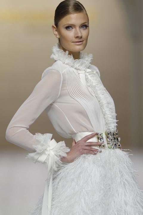 Blusa y falda: la nueva tendencia para las novias de 2015